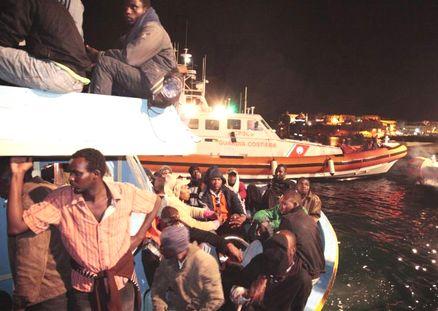 Nel Mediterraneo 2.000 migranti morti