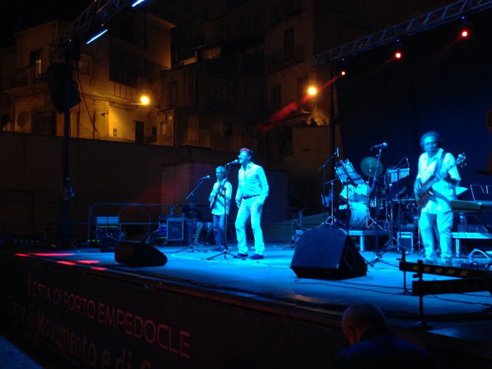 Successo per il concerto dei Beans a Porto Empedocle