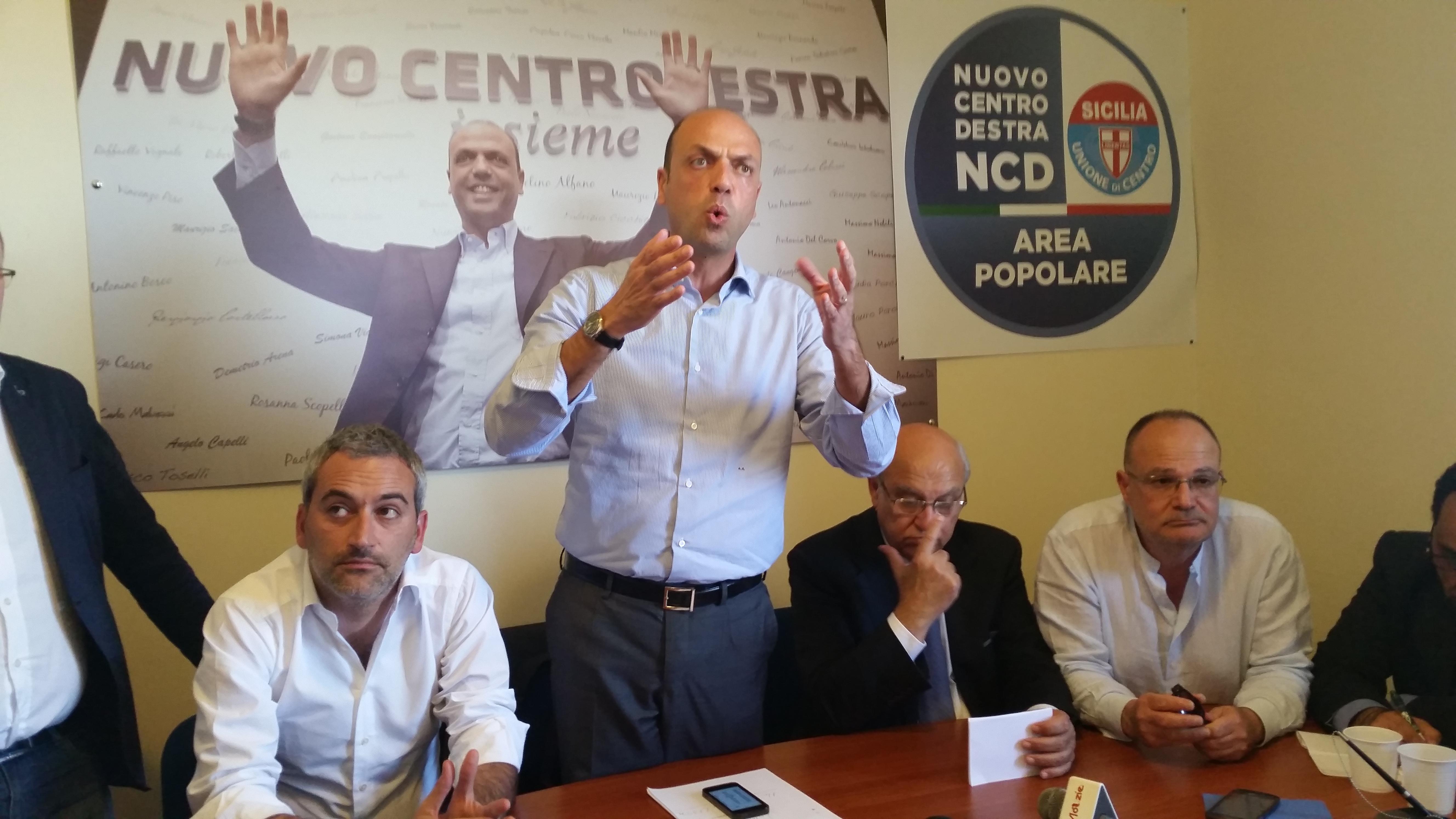 Angelino Alfano, Ministro dell'Interno presenta la lista Area Popolare