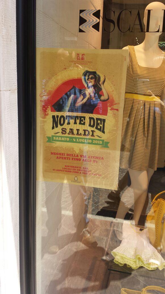 La notte dei saldi in via Atenea, questa sera negozi aperti fino alle 24:00