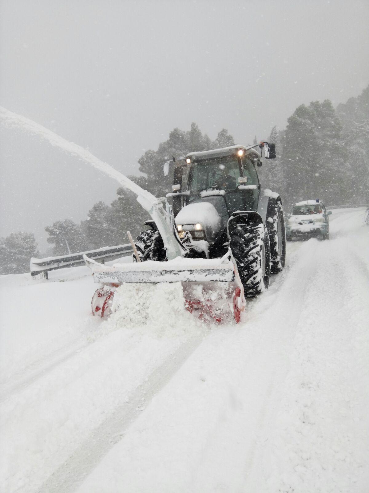 Torna la neve in Sicilia. Disagi nei collegamenti e scuole chiuse nell'agrigentino