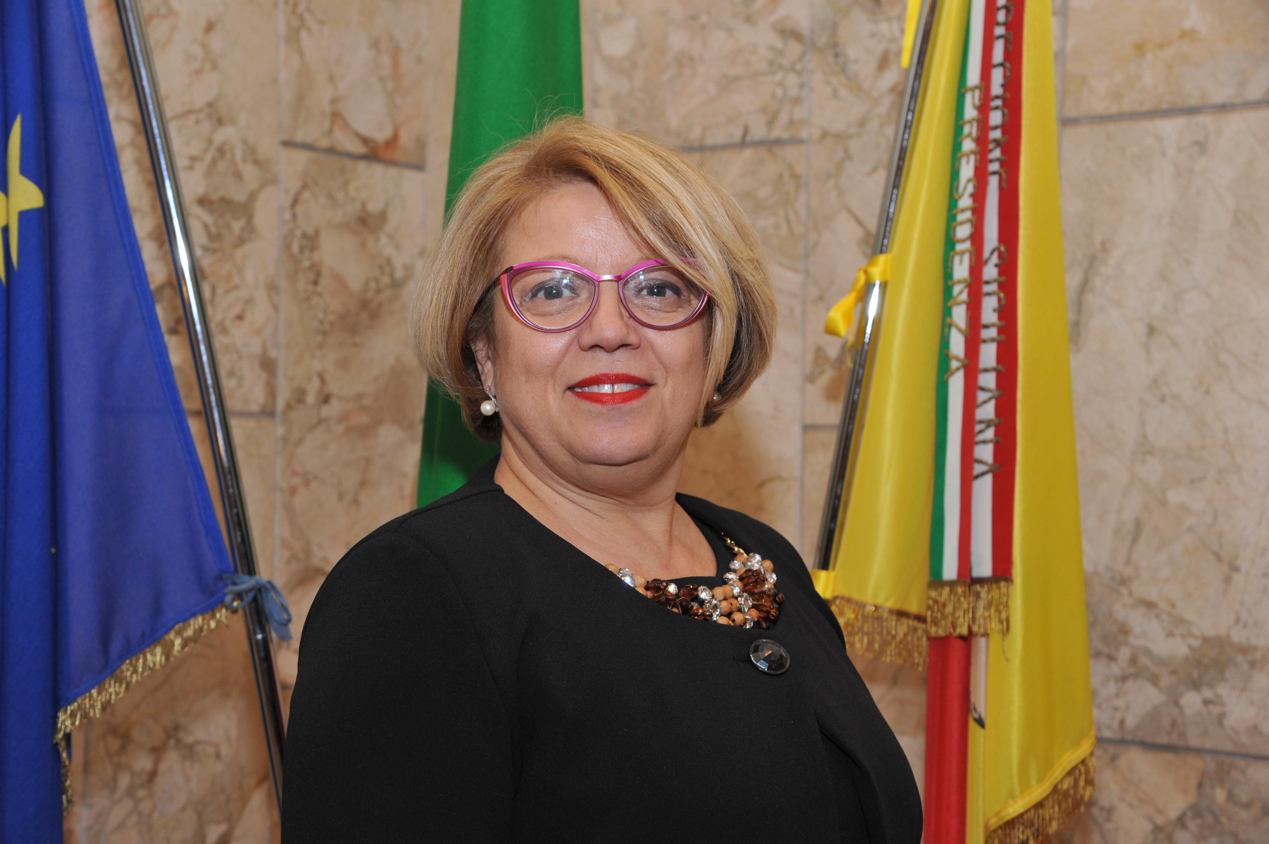 """Mariella Lo Bello: """"I bandi in Gazzetta Ufficiale. Pioggia di milioni per le imprese siciliane""""."""