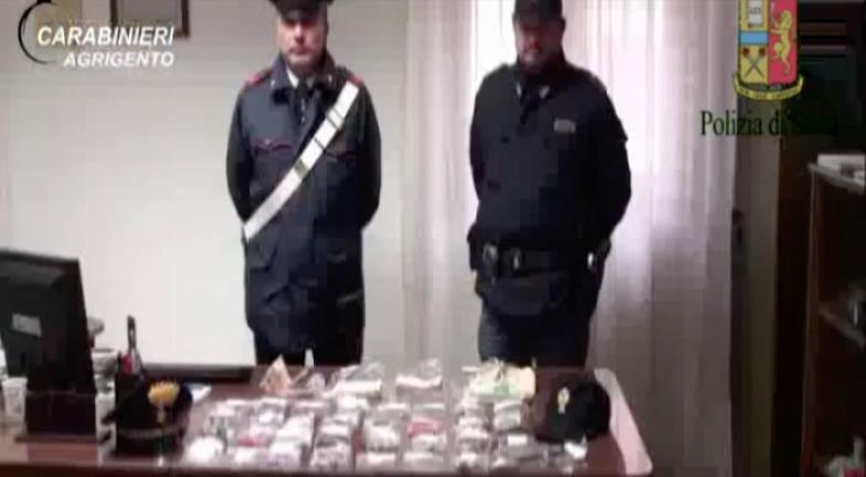 In manette 3 romeni sorpresi con un bottino di gioielli e soldi contanti.