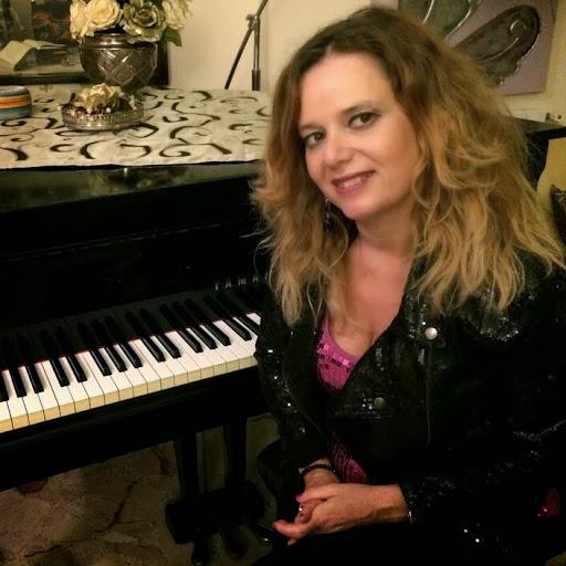 La donna nella musica e nella letteratura, incontro al Politi